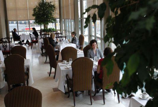 Zoe's Lounge with 2 women